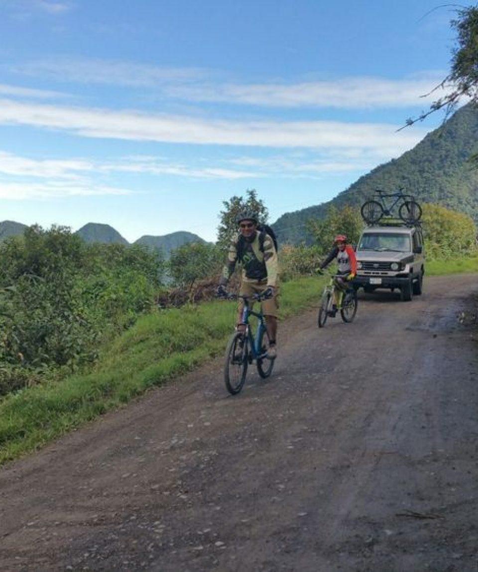 1 Day Cloud Forest Biking Tour Nomadtrek Tour Operator